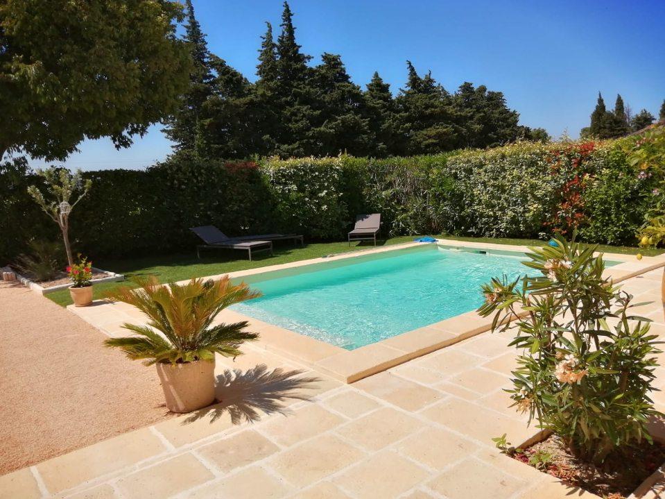 creation-et-amenagement-piscine-Gard
